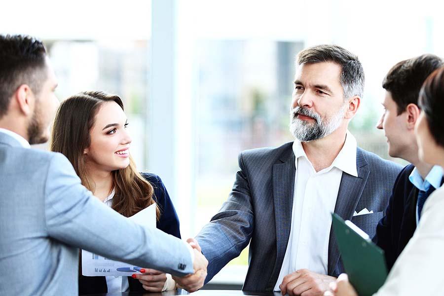 businesskunden-bild-fitura